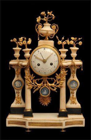 Ремонт антикварных часов, реставрация